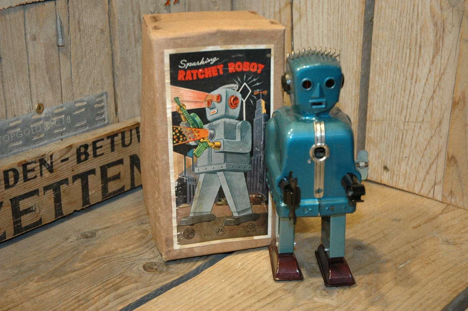 Nomura - Sparking Ratchet Robot
