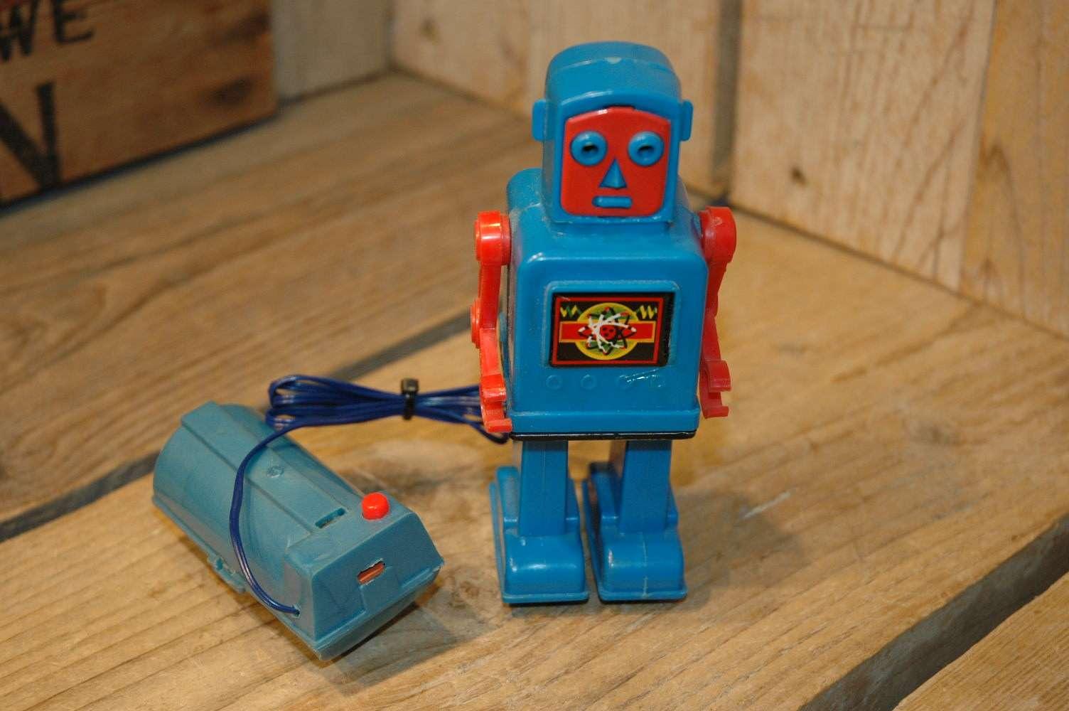 Yoshiya - Venus Robot