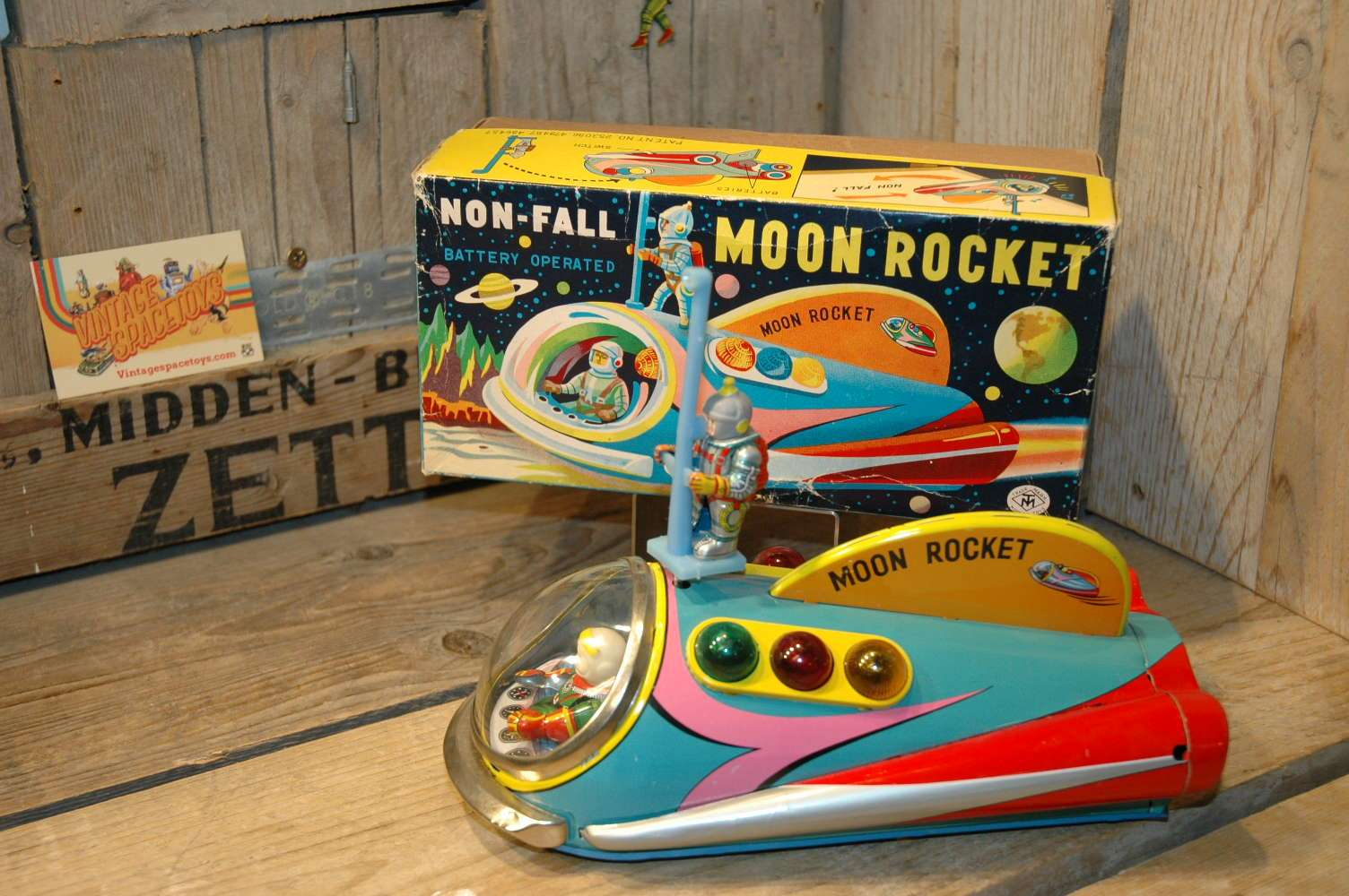 Modern Toys - Non Fall Moon Rocket