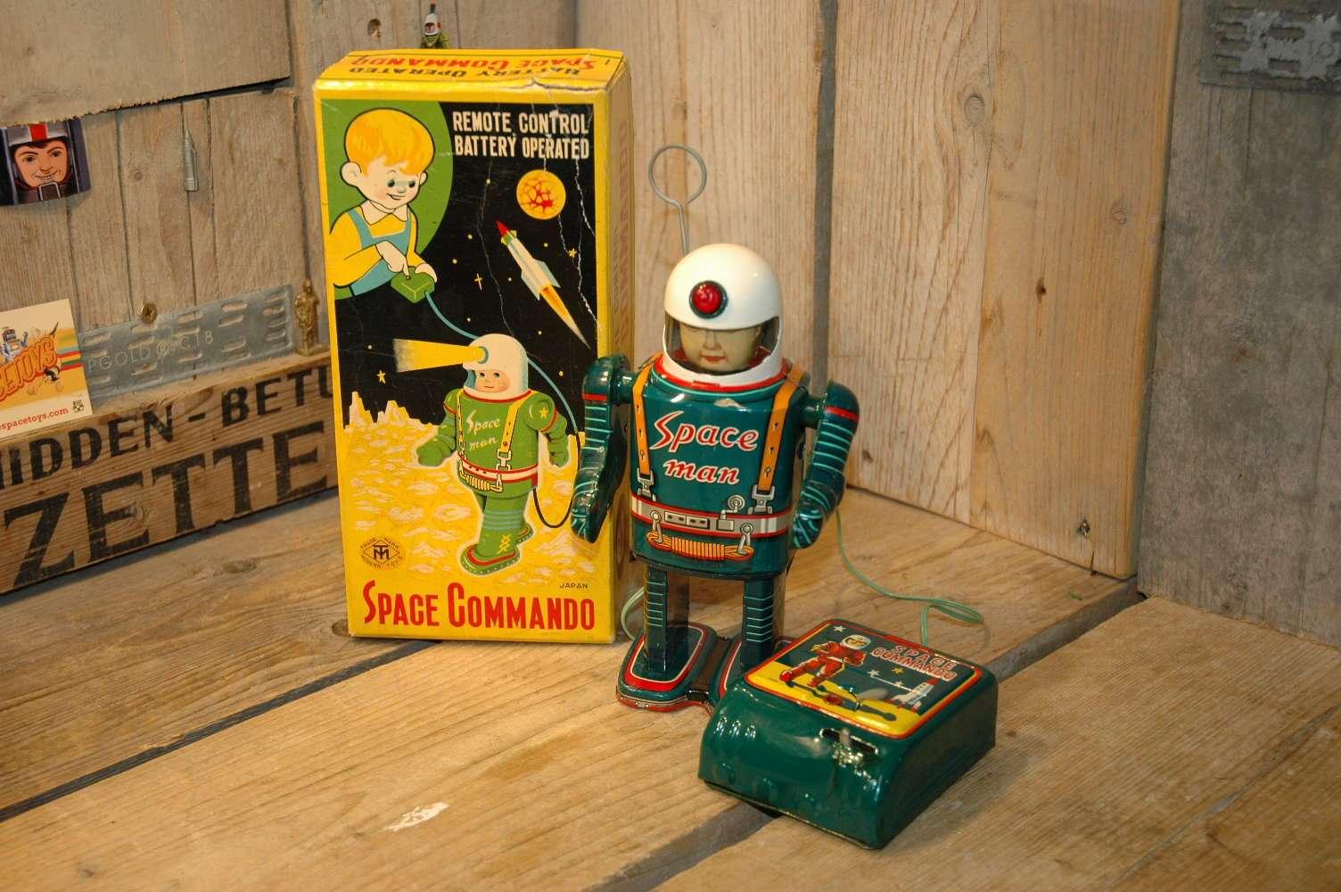 Modern Toys - Space Commando