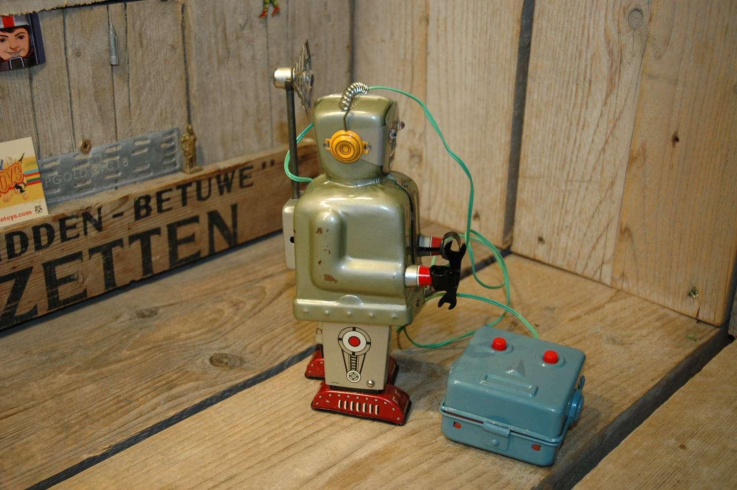 Nomura - Radar Robot