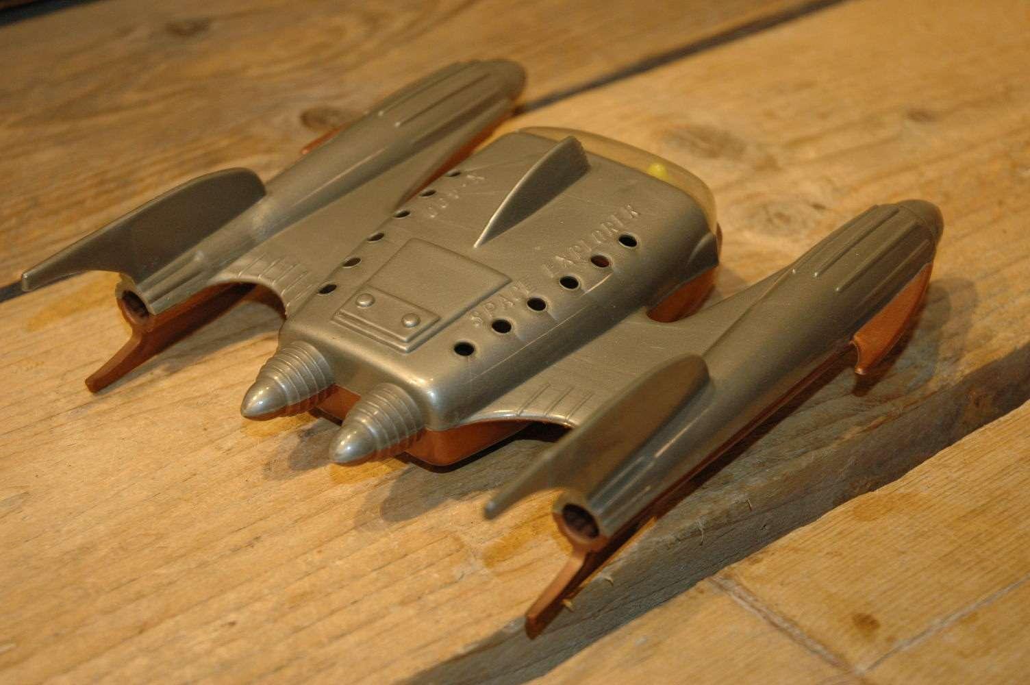 Kleeware ( UK ) - Space Explorer X-400