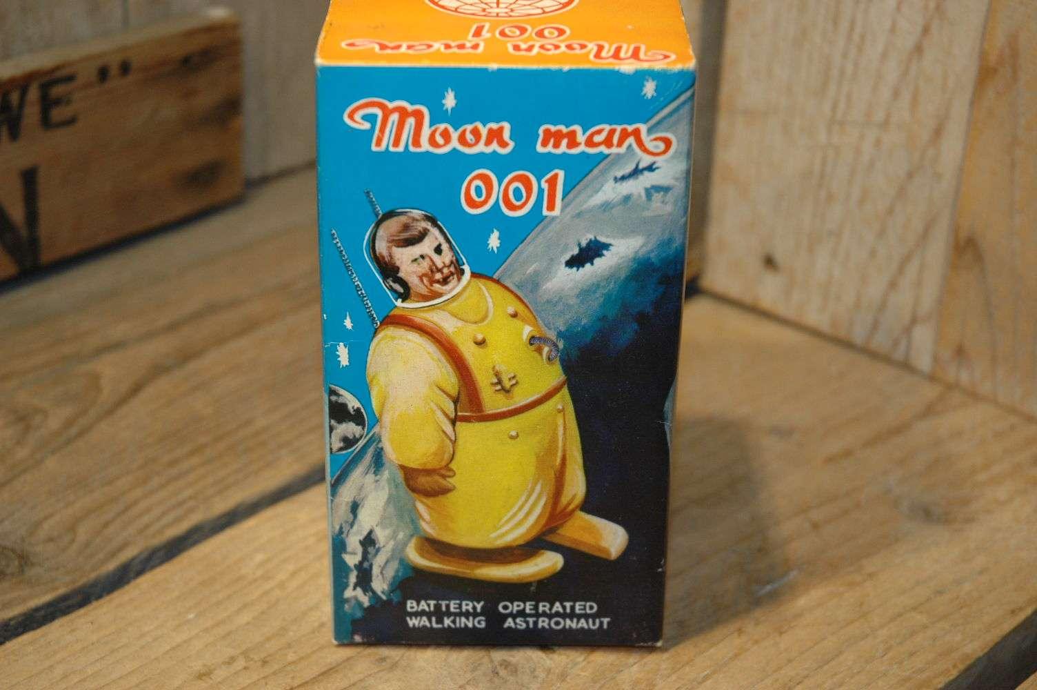 Hong Kong - Moon Man 001