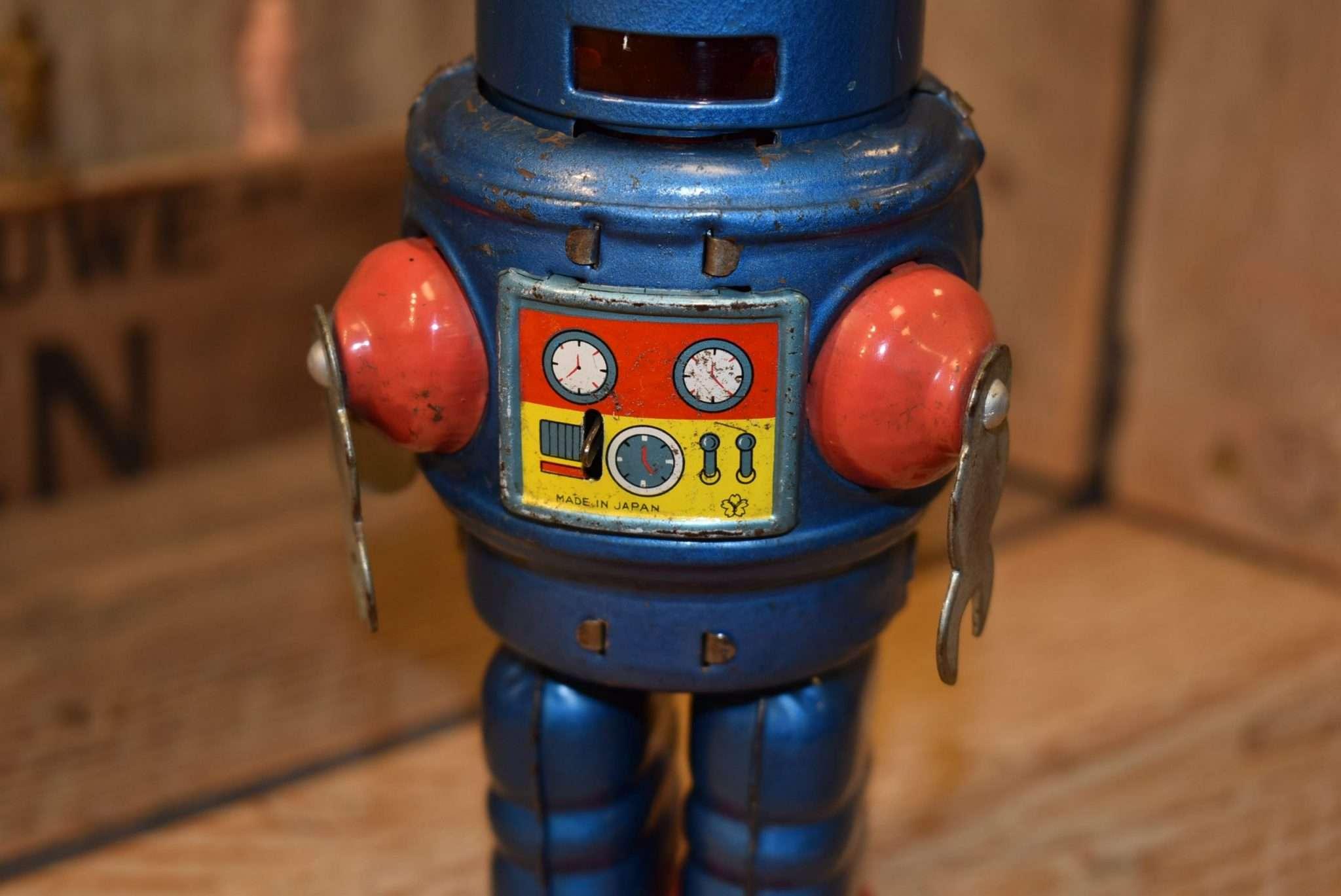 Yonezawa - Robby Robot